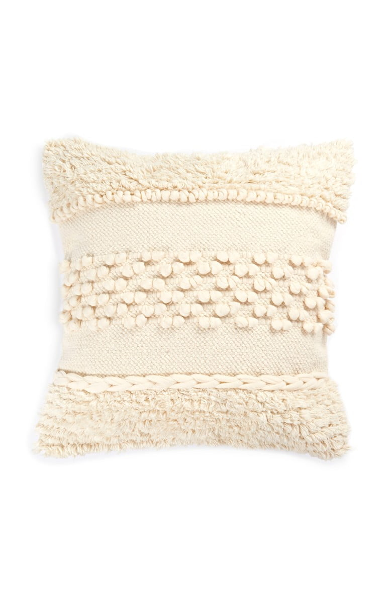 CREAM TASSEL CUSHION PRIMARK