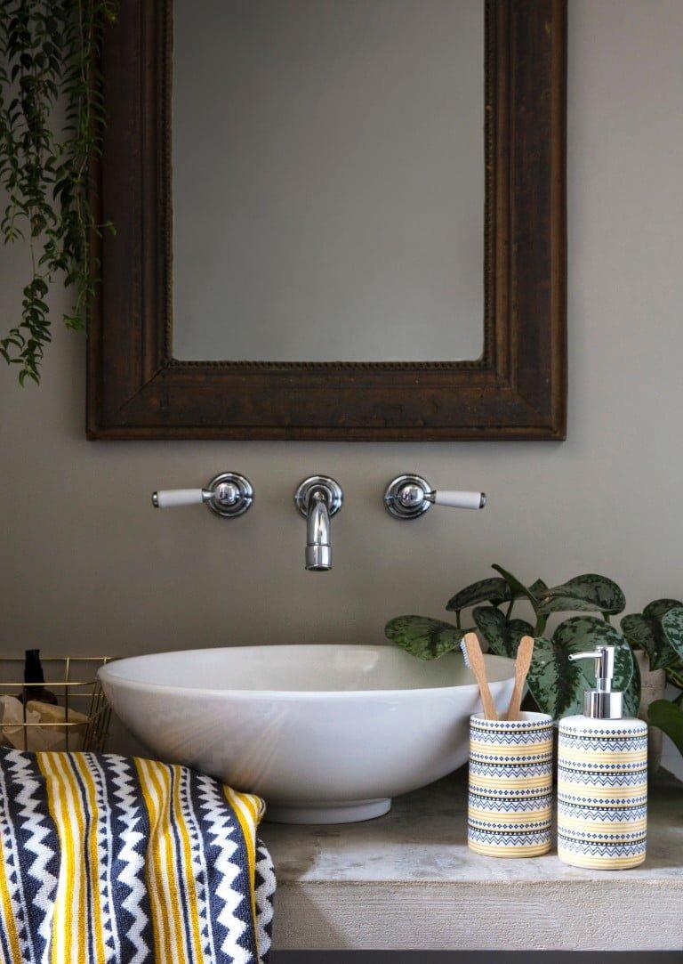 George Home AW18 Wanderer Bathroom