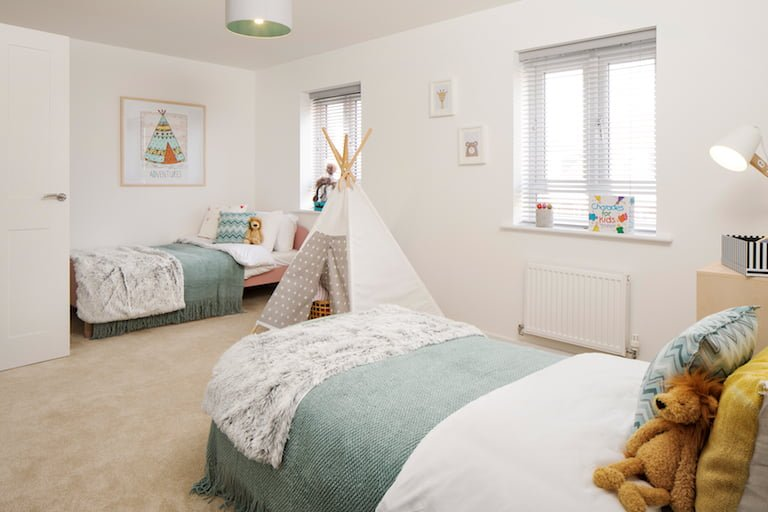 Modern childrens' bedroom with mint colour accents - Newbury Racecourse, David Wilson Homes