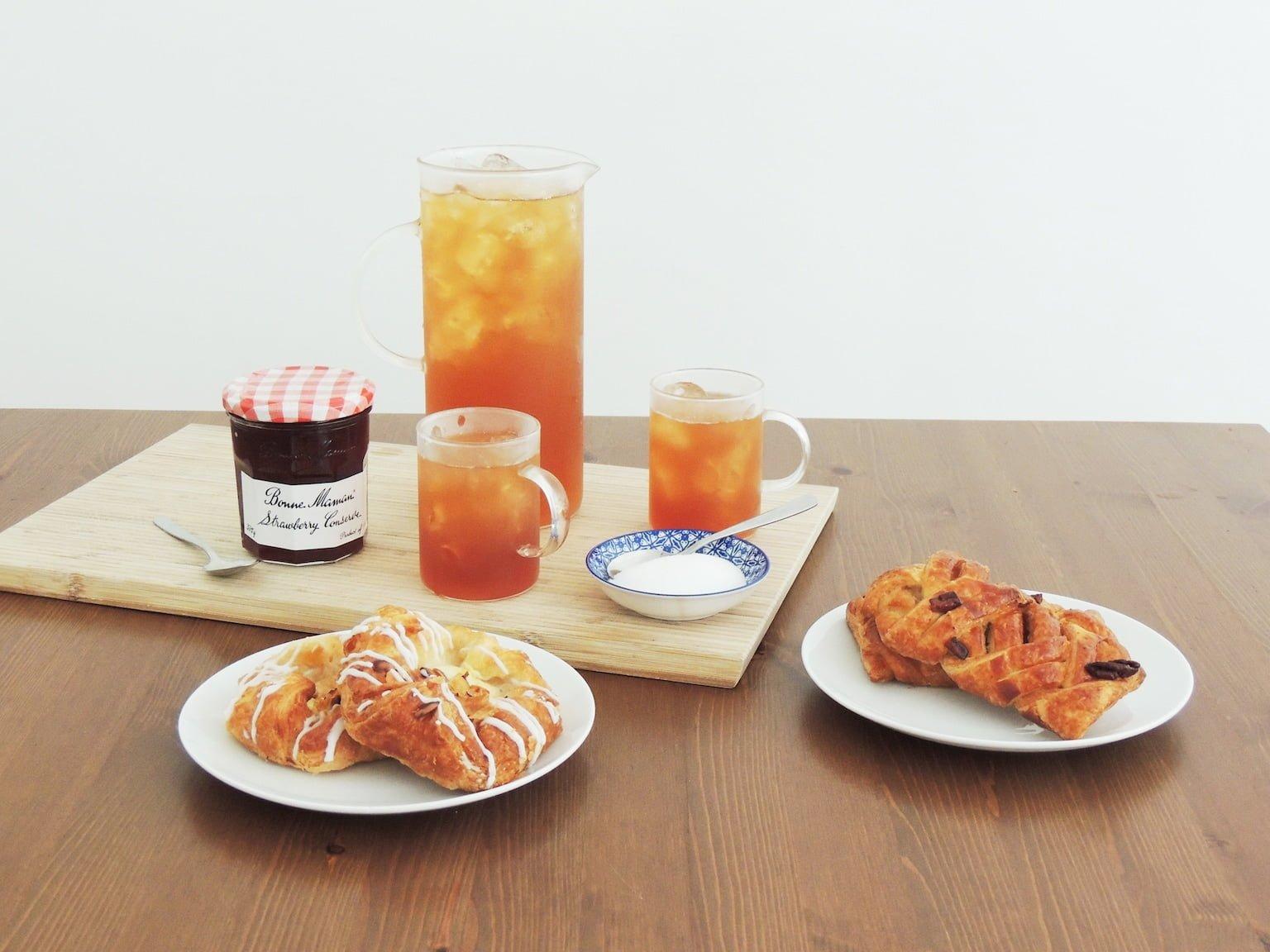 Iced Tea with Pastries | Adagio Teas