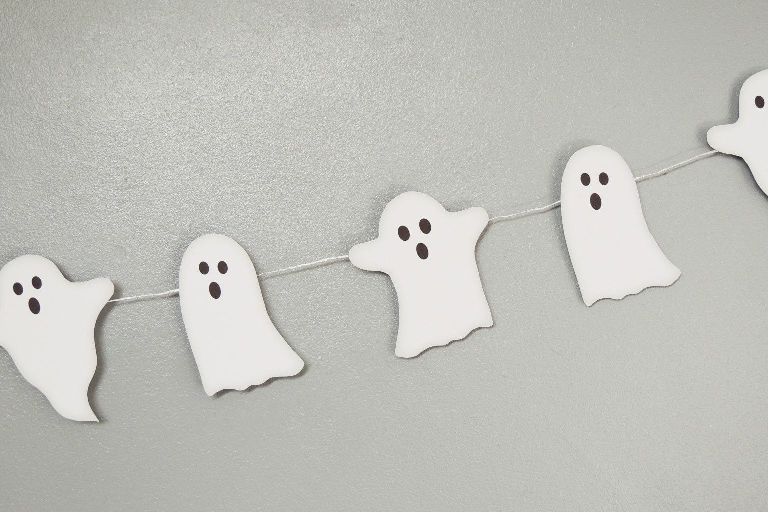 Free DIY Ghost Bunting - Download for free