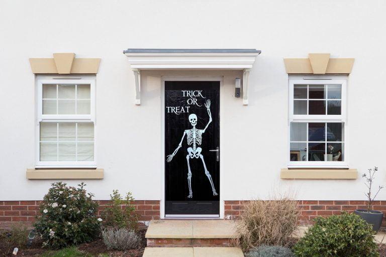 Poundland Halloween 2018 trick or treat door cover