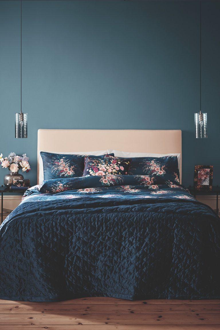 Tesco Fox & Ivy SS19 Navy Bouquet Duvet Set with Navy Geo Velvet Bedspread