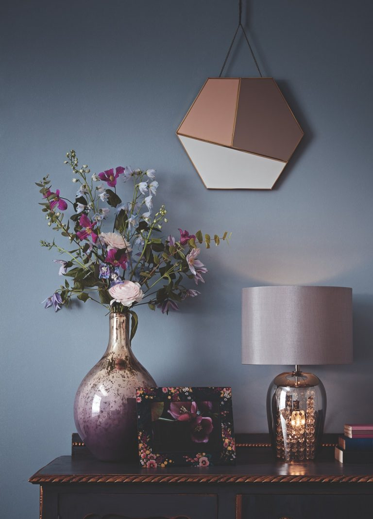 Tesco Fox & Ivy SS19 Table Lamp with Pearlescent Vase and Hexagonal Mirror