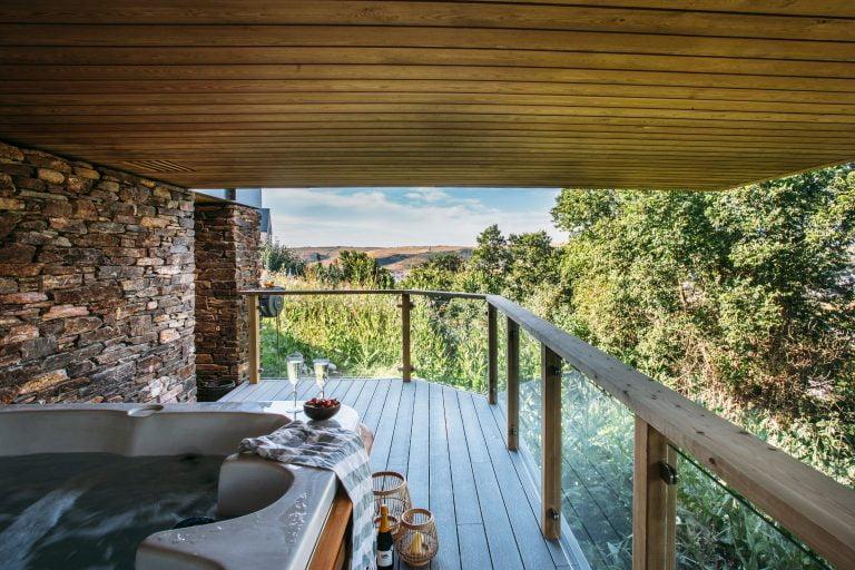 Cornwall Dry Creek House Exterior Hot Tub